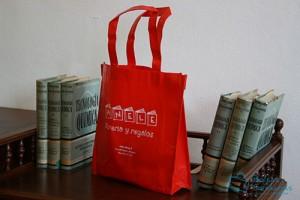 Bolsas para comercio baratas de tela rojas