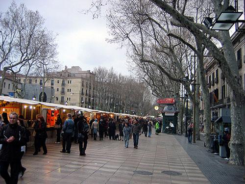 bolsas de papel baratas en barcelona museo de cera