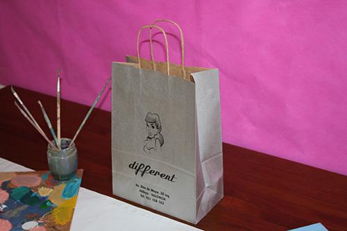 bolsas de papel baratas en barcelona con tu logo