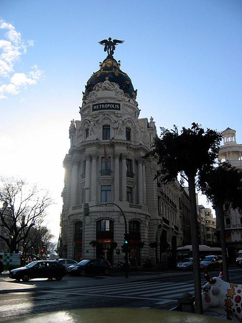 edificio metropolis en madrid